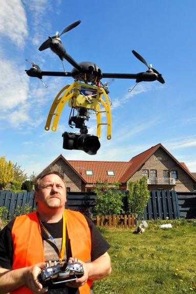 Koptergeschichte mit Drohnen für Film und Foto